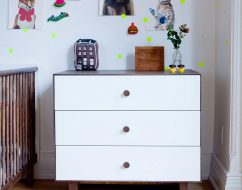 oeuf Rhea 3 drw dresser_oeuf dresser_out of the cot_3